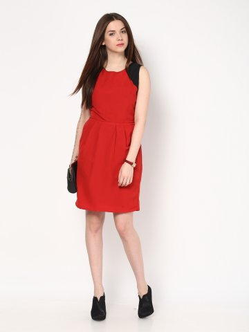 https://static3.cilory.com/110175-thickbox_default/harpa-solid-red-dress.jpg