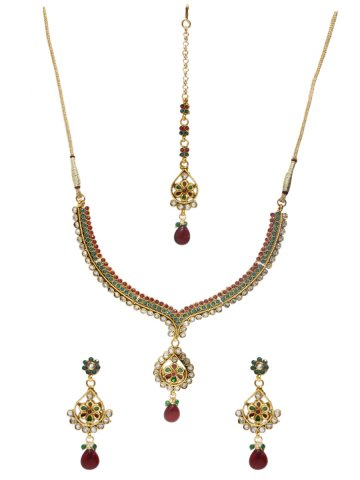https://static5.cilory.com/129375-thickbox_default/elegant-polki-work-necklace-set-carved-with-stone-and-beads.jpg