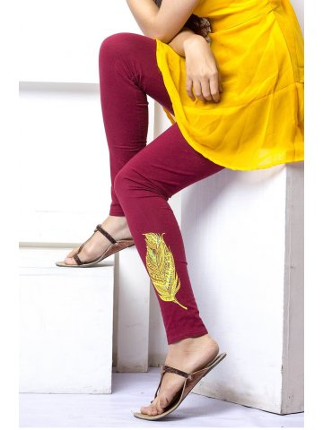 https://static7.cilory.com/147100-thickbox_default/satrangi-wine-legging.jpg