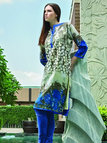 https://static9.cilory.com/148046-thickbox_default/feminista-blue-ready-made-printed-kurti.jpg
