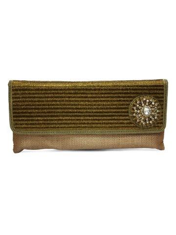https://static6.cilory.com/150551-thickbox_default/elegant-beige-women-clutch.jpg