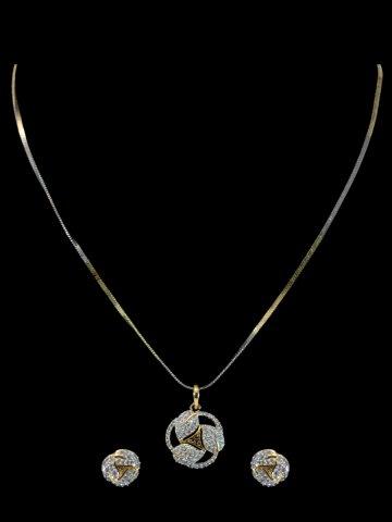 https://static2.cilory.com/175434-thickbox_default/beautiful-american-dimaond-necklace-set.jpg