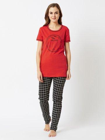 https://static8.cilory.com/357359-thickbox_default/unicus-fashion-red-black-pj-set.jpg