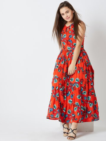https://static1.cilory.com/363670-thickbox_default/estonished-orange-printed-maxi-dress.jpg