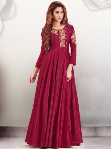 https://static7.cilory.com/365131-thickbox_default/delight-two-tone-red-embroidered-kurti.jpg