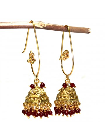 https://static9.cilory.com/37687-thickbox_default/elegant-polki-work-jhumki-carved-with-beads.jpg