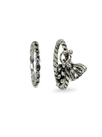 https://static8.cilory.com/384085-thickbox_default/silver-color-oxidised-combo-rings-2-rings-.jpg