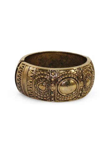 https://static8.cilory.com/384941-thickbox_default/estonished-golden-oxidised-bracelet.jpg