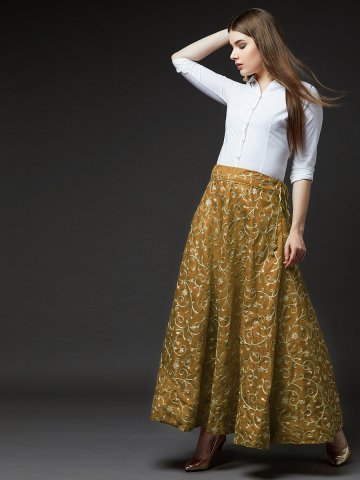 https://static.cilory.com/386530-thickbox_default/estonished-raw-silk-zari-embroidered-skirt.jpg