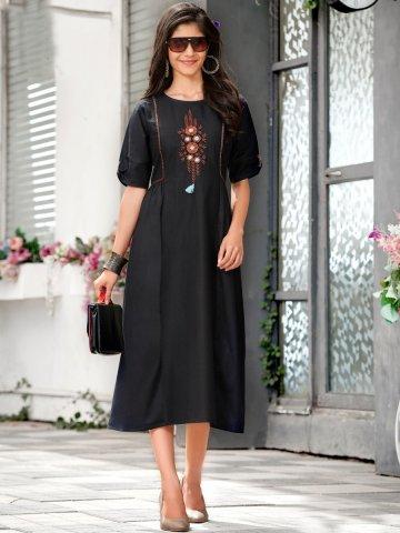 https://static6.cilory.com/406437-thickbox_default/100-miles-black-cotton-embroidered-kurta.jpg