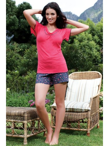 https://static4.cilory.com/6675-thickbox_default/inaya-pink-top-and-printed-short.jpg