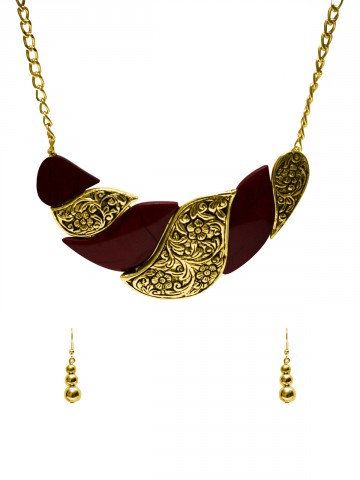 https://static3.cilory.com/74763-thickbox_default/ravishing-handicraft-neckwear.jpg