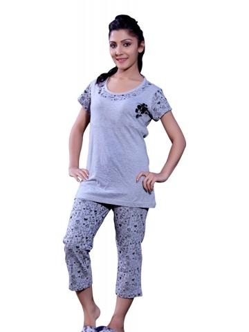 https://static7.cilory.com/75777-thickbox_default/happy-hours-women-top-pyjama-set.jpg