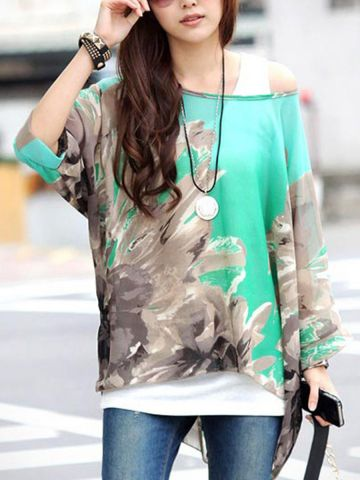 https://static2.cilory.com/98536-thickbox_default/batwing-sleeve-floral-print-loose-fitting-chiffon-blouse.jpg